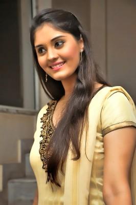 Tamil Actress Hd Photos 1080p 1000x1500 Wallpaper Teahub Io