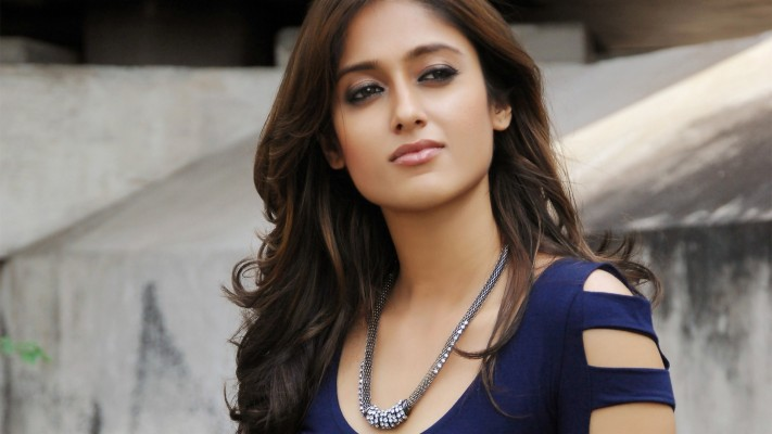 Bollywood Heroines Actresses Hd Wallpapers Free Download Vaani Kapoor In Hd 1600x1049 Wallpaper Teahub Io