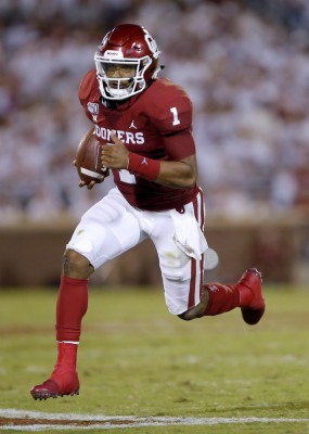 Jalen Hurts Rushes In The Third Quarter