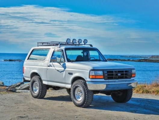 41 Concept Of 2020 Ford Bronco Wallpaper Wallpaper 1996 Ford Bronco Beach 998x755 Wallpaper Teahub Io