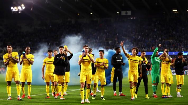 Pierre Emerick Aubameyang Borussia Dortmund Soccer Player 728x914 Wallpaper Teahub Io