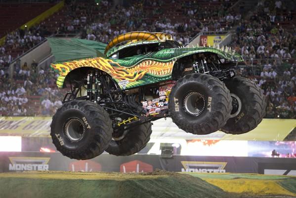 Monster Jam Truck Earthshaker