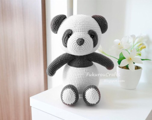 45 452230 pink panda wallpaper crochet