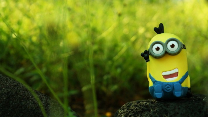 Get Desktop Cute Minion Wallpapers